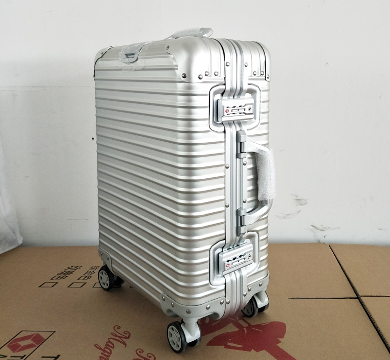 20 24 inches 100% Aluminum Magnesium Alloy Trolley Suitcase Fashion Men Large Metal Travel Luggage Rolling Bag Business Boarding