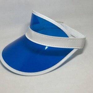 Image 5 - Sombreros ajustables de plástico PVC transparente para mujer, visera Multicolor, gorros de fiesta para playa, protección UV, 8 unidades por lote