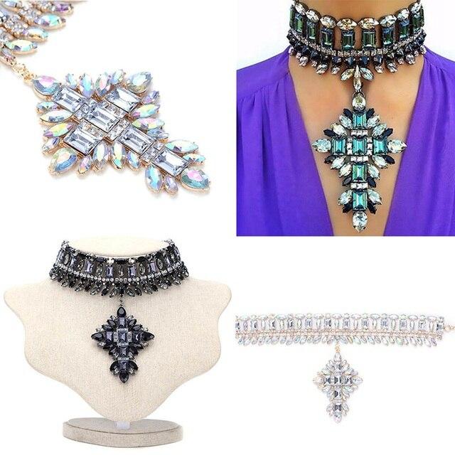 8adca8edc4a7 Nueva llegada de la manera joyería de lujo mujeres flor Collar colgante de cristal  Collar babero