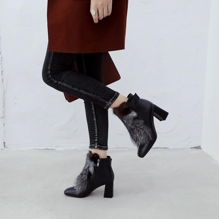 MLJUESE 2019 vrouwen enkellaarsjes koe lederen ritsen vos haar vierkante teen hoge hakken laarzen winter korte pluche warme laarzen-in Enkellaars van Schoenen op  Groep 3