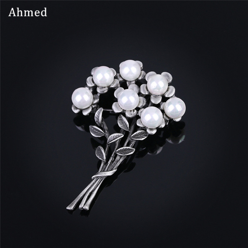 Ahmed Korean Vintage Exquisite Bouquet Pearl Brooches Charm Scarves Buckle For Women Fashion Scarf Suit Cat Clip Up Jewelry