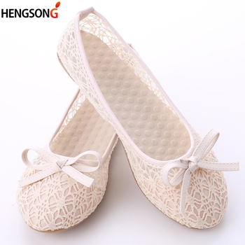 Women Flat Shoes 2018 New Summer Lace Shallow Mouth Shoes Woman Breathable Sandals Lace Mesh Ballet Flats Cute Clogs Shoes Bow