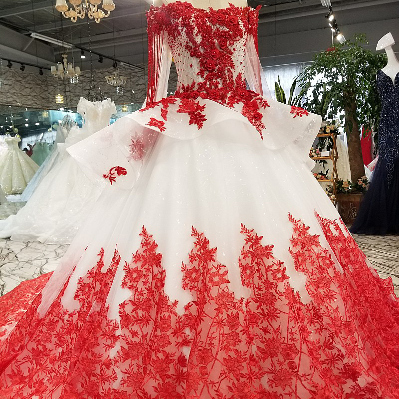 Image 3 - AXJFU white lace princess red flower beading crystal ruffles vintage wedding dress luxury long pearls wedding dress 05410Wedding Dresses   -