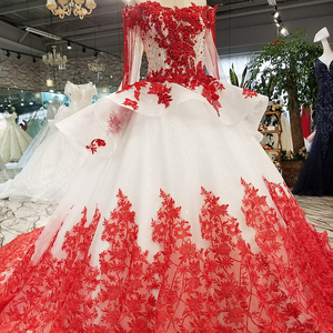 Image 3 - AXJFU white lace princess red flower beading crystal ruffles vintage wedding dress luxury long pearls wedding dress 05410