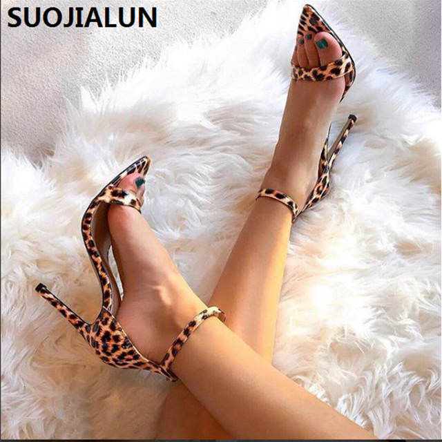 SUOJIALUN/2019 женские босоножки, пикантные туфли на высоком каблуке с леопардовым принтом, Вечерние Босоножки с открытым носком и ремешком с пряжкой, Всесезонные туфли-лодочки 10,5 см