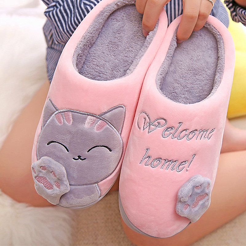 Winter Women Slippers Plush Home Cute Cat Slippers Ladies Warm Indoor Shoes House Lovely Couple Woman Man Animal Footwear 2017 totoro plush slippers with leaf pantoufle femme women shoes woman house animal warm big animal woman funny adult slippers page 2