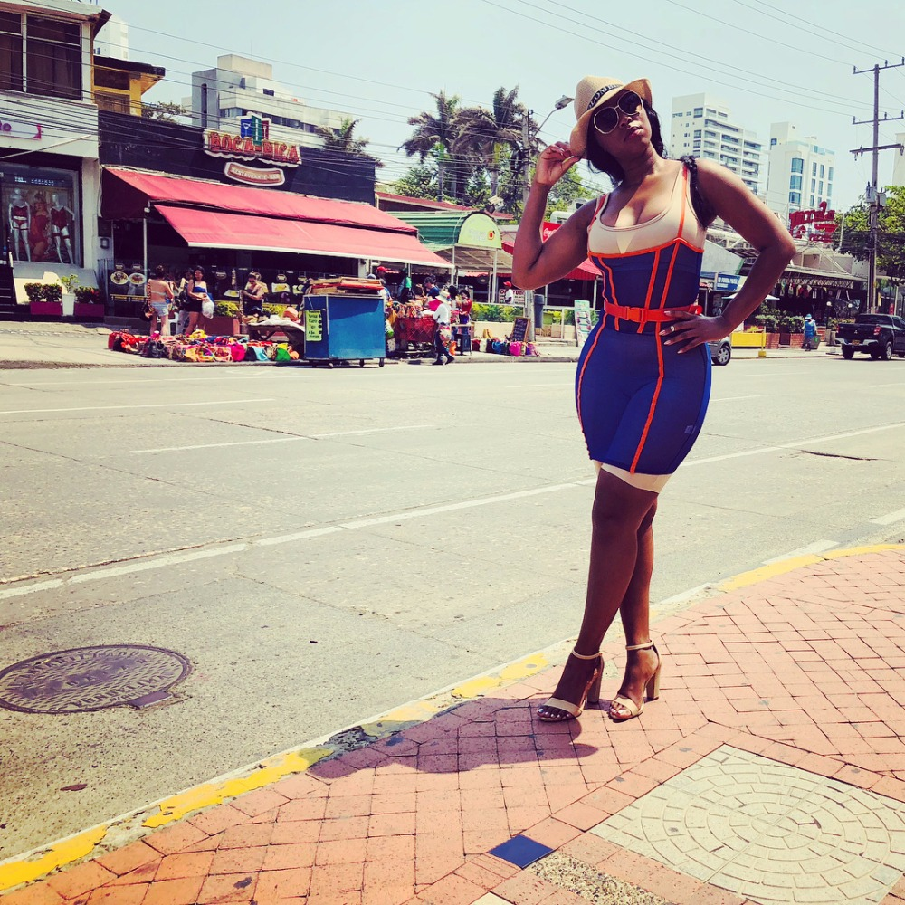 Women Spaghetti Strap Sleeveless Casual Dress Blue Color Backless Sheath Dress Square Collar Summer Mini Dresses DN8082