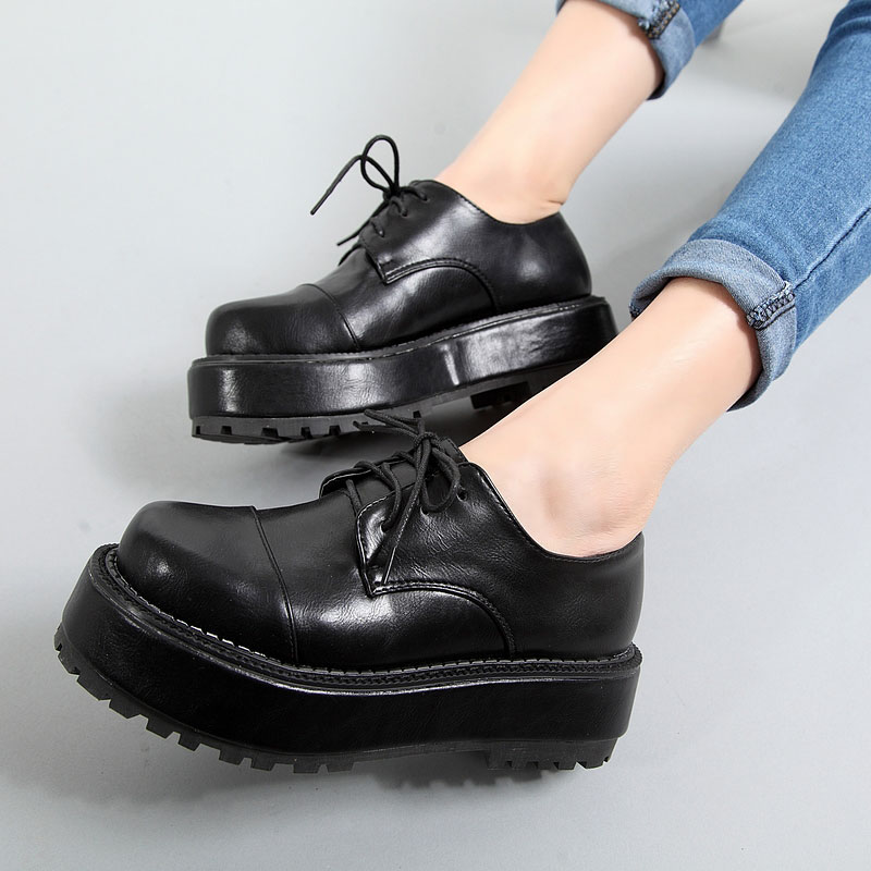 feccc9e937f4 A49 lovely school style flat platform shoes 2 inches outsole college model  girls flats casual lace up round toe shopping shoes-in Women s Flats from  Shoes ...