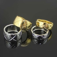 Hot Sale Cutting Grain Silver Color Gold Color Titanium Steel Rings For Women