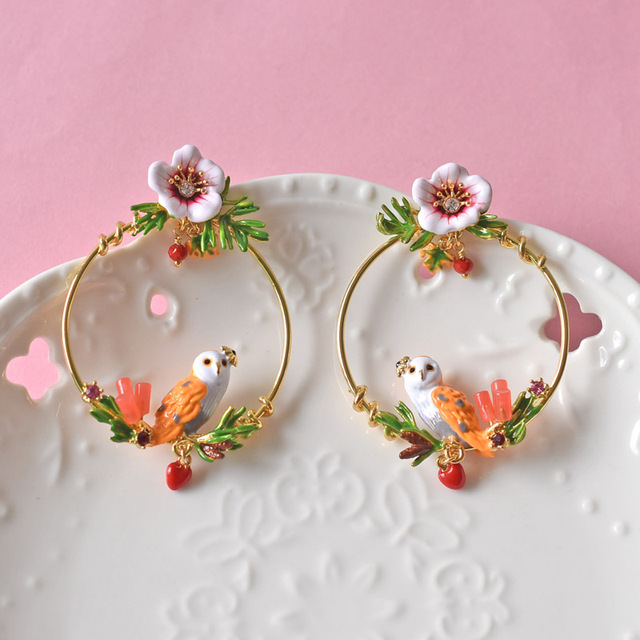 Les Nereides Trendy Enamel Circle Stud Earrings For Girl Snow Owl Red Heart Hibiscus Flowers Jewelry Luxury Party Accessories