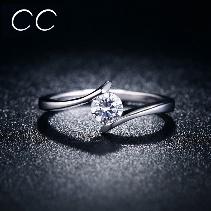 Simple design Engagement Ring White Clear Zirconia Classic Wedding ...
