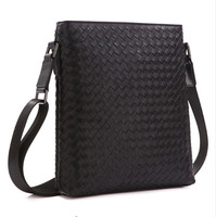 New hand woven first layer of Woven leather men's business Messenger bag shoulder bag