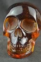 11.5 cm */ Elaborate Collectible Decorate Handwork Old artificial amber resin skull statue/1