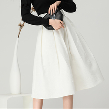 купить Women White Pleated Autumn Skirt Floral Embroidery High Waist A Line Midi Jupe With Pockets Plus Size 4XL Elegant Office Skirts дешево