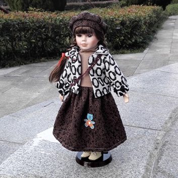 Hot Sell 41CM European Style Victoria Style Russia Ceramic Classical Doll Noble Porcelain Doll High Quality Toy Gift For Girl 92