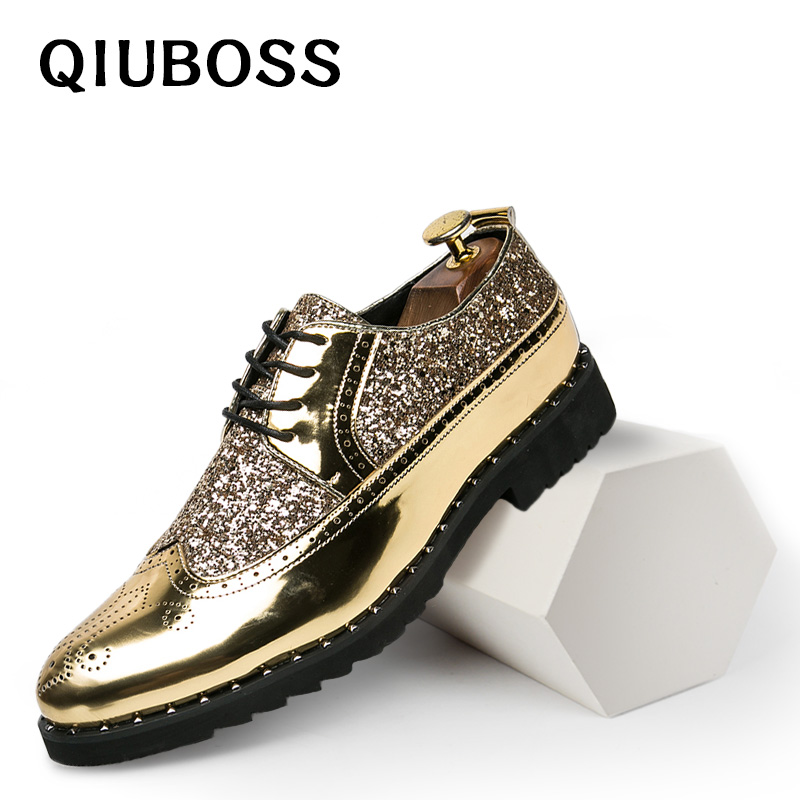 b868b118dfd1 Mens Dress Shoes Golden glitter Brogue Formal Shoes Men Elegant Patent  Leather Flats Oxford Footwear Lace Up Pointed-in Formal Shoes from Shoes
