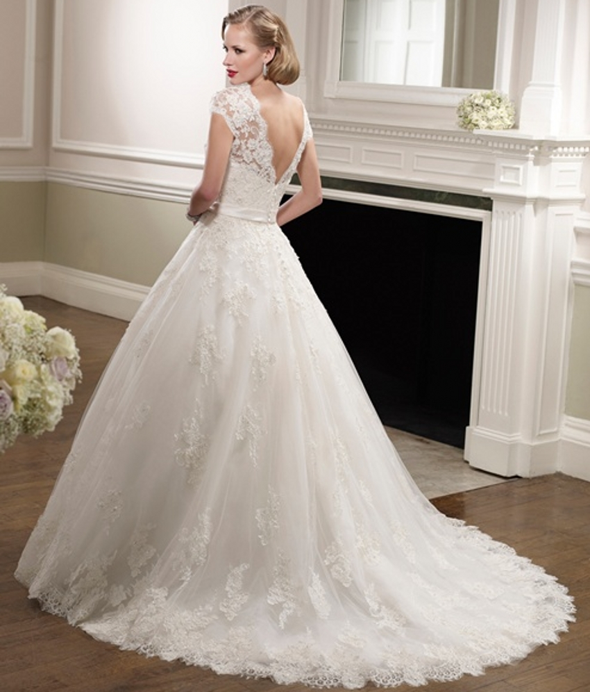 aliexpresscom buy short sleeve beaded lace wedding dresses ball gown v neck bridal dresses new a line designer wedding gowns robe de mariage from