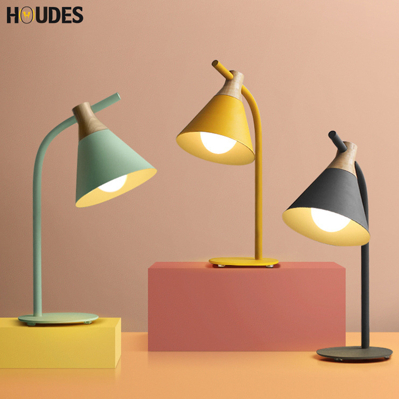цены Modern Nordic iron wood table lamp art deco countryside desk lamp LED E27 with 4 colors for study bedroom living room bookstore