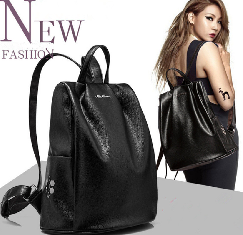 2018 Spring and Summer New Explosion Leisure Genuine leather Women Beautiful Big Backpack