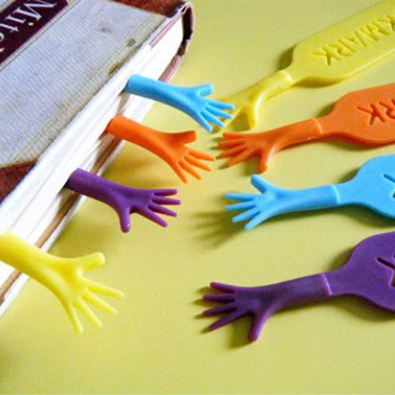 4 pcs/lot Novelty Help Me Colorful Bookmarks Plastic Cute Item Creative Gift for Kids Chidren Free Shipping