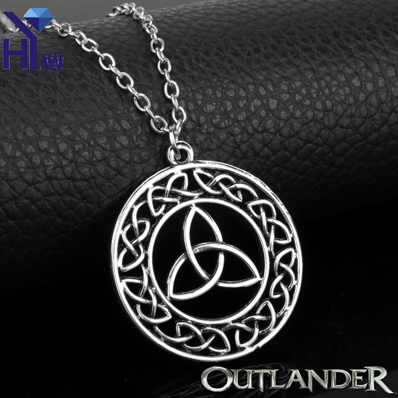 HEYu Outlander Vintage Celtic Knot Cross Triskele Trinity Scotland Irish Irish Celtic Triangle Knot Antique Pendant Necklace