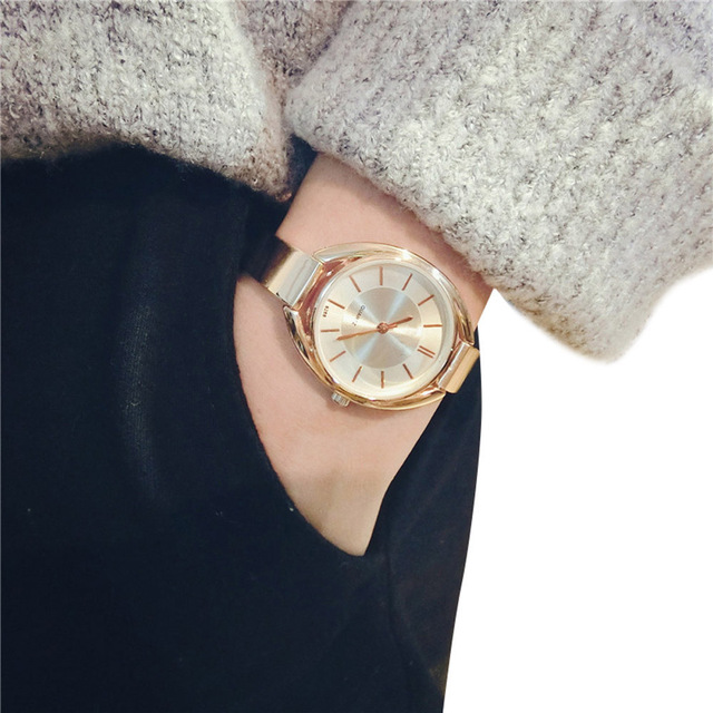 Fashion 2017 montre femme women watches Fine Temperament Bracelet Watch Big Dial