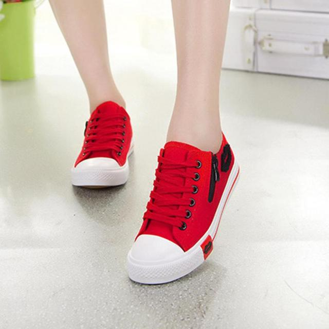 68afe7ad5 Women Canvas Skateboarding Sneaker Girls Popular Lace Up Sneakers Tennis  Flats Sports Shoes