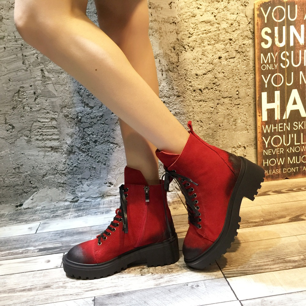 Femme Noir gris Avec Désert Chaussures top Haute Cuir De Mode Jiaodianwubu Bottes 2018 Moto rouge Femmes Martin Casual Épais aT7O8