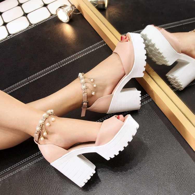 Di grande Formato di Alta talloni delle donne dei sandali scarpe da donna di estate delle signore Fishmouth Della Catena Della Perla Sandali con la suola Spessa