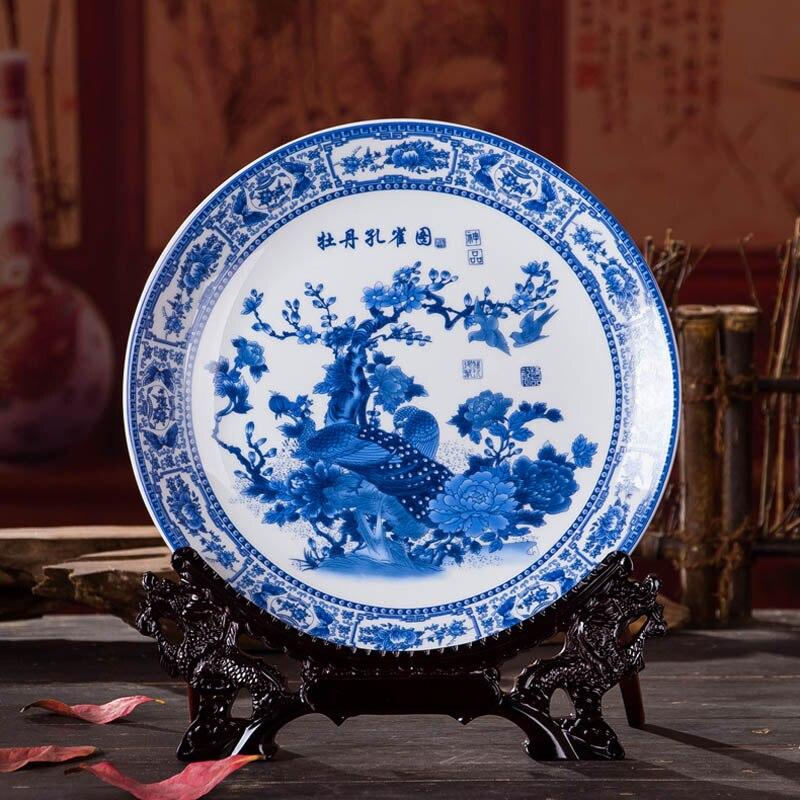 Antico Inmitation Artistico Porcellana Bianca E Blu Decorazione Piatto/piatto Con Stampato Peonia E Pavone Pittura