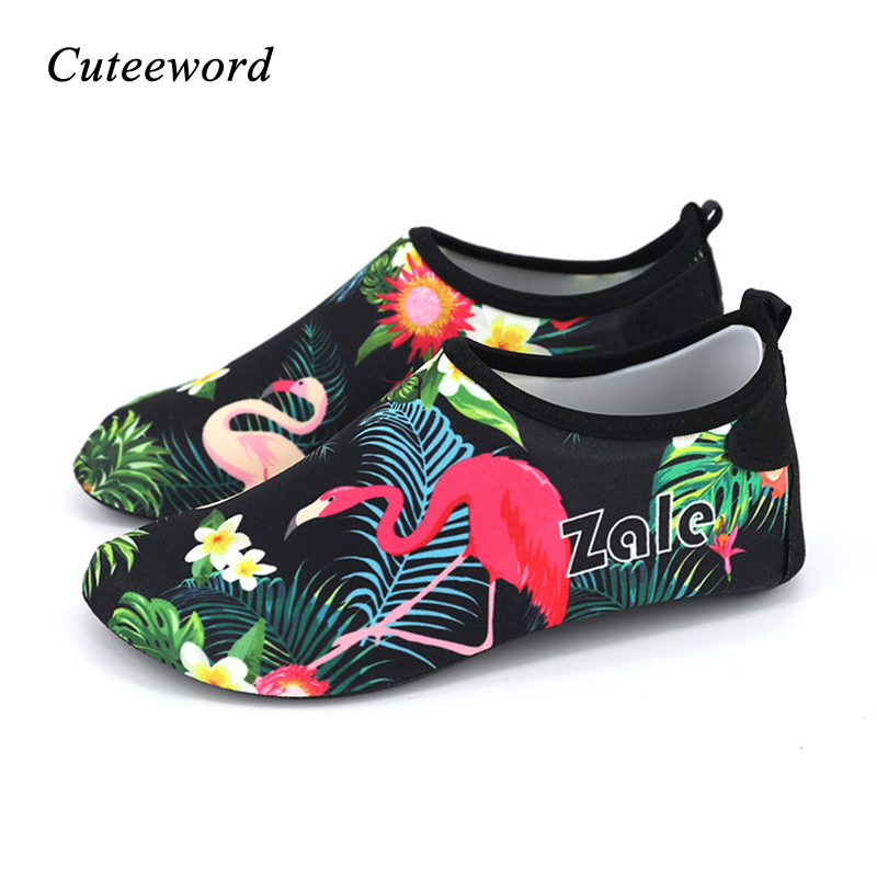 Summer Children's Beach Shoes Boys And Girls Toddler Swimming Shoes Non-slip Barefoot Socks Cartoon Animals Print Kids Slippers