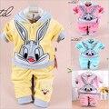 Ребенок комплект мультфильм кролик бархатные комплект twinset с длинными рукавами комплект балахон и брюки, Новорожденных 100% хлопка костюмы, Детская одежда