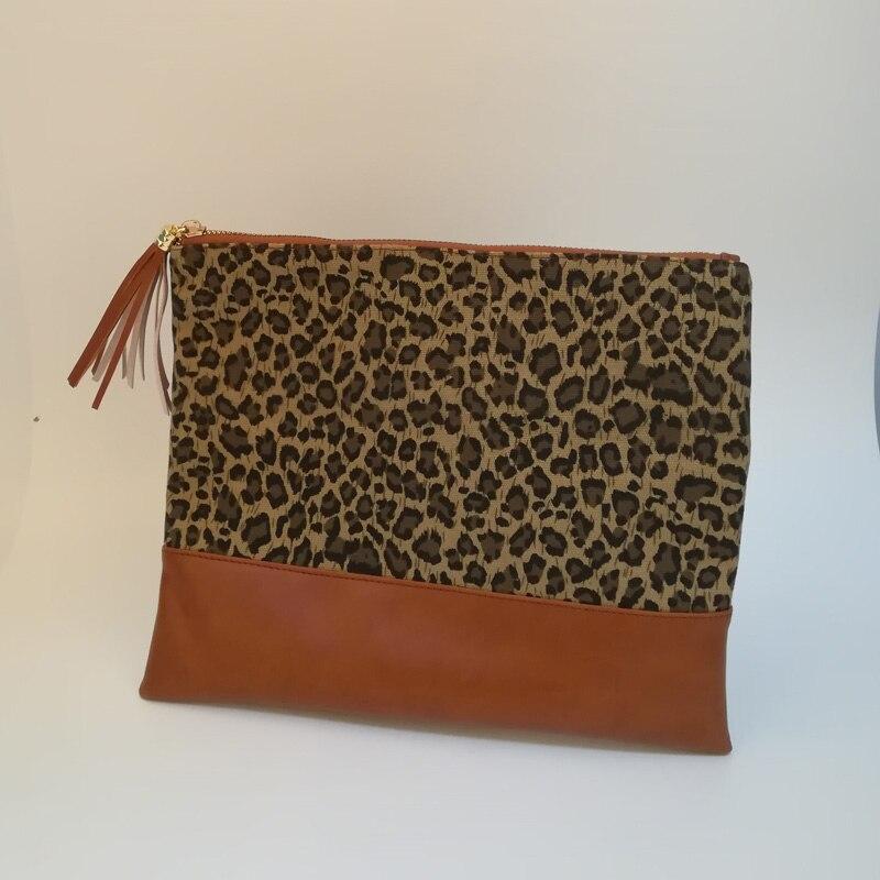 leopard tassel clutch (3)