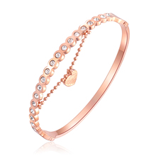 цена на Fashion Heart Pendant Open Stainless steel Bangle For Women Inlaid Round Rhinestone Rose Gold Plated Bracelet Jewelry Never Fade