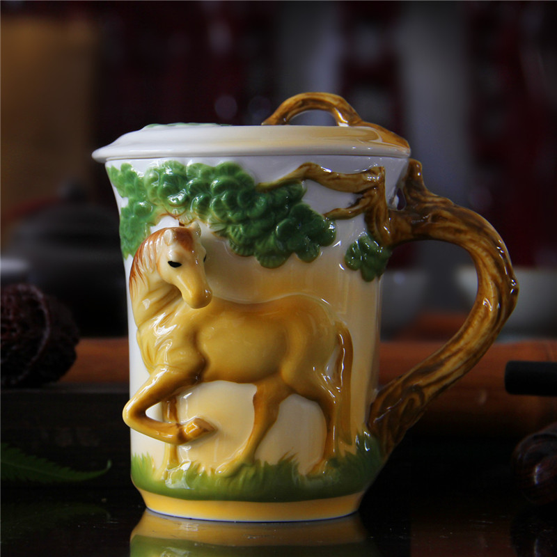 3D Animal Cups Colored Enamel Coffee Mark Mug Jingdezhen Ceramic Horse Drinkware with Lid Birthday Gift Drop Shipping