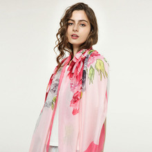 LARRIVED 2019 Luxury Brand Cotton Scarf Women Flowers Scarves Summer Foulard Femme Designer Shawl Wrap Fashion Neck Bandana