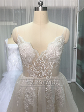 Sexy Boho Wedding Dresses 2017 Straps A-Line Open Back Beaded Lace Bridal Gown Beach Wedding Dress Long Robe de Mariage LU01