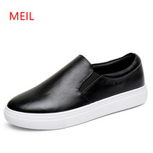 2018 Fashion Mens Loafers Leather Shoes Men Walking Casual Shoes Men Breathable PU Leather Loafers Shoes For Men Black Sneakers