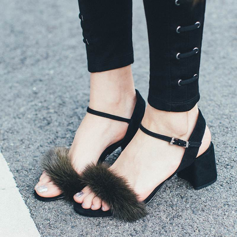 ФОТО Krazing Pot new fashion women brand shoe buckle strap round toe party women sandals genuine leather mink hair superstar pumps 81