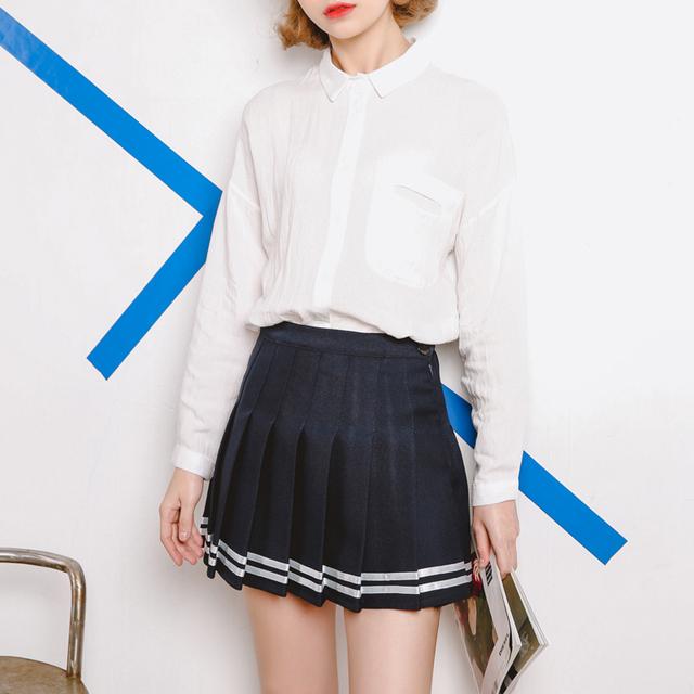 Women's Stylish Short Pleated Skirt