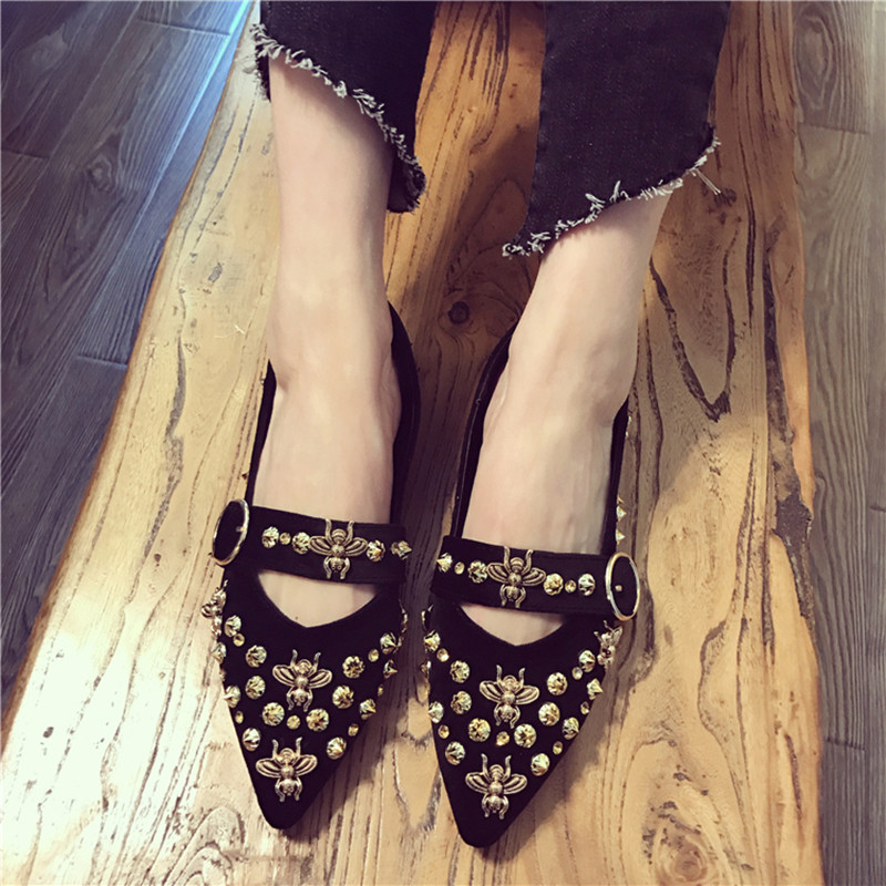 2017 fashion women flat shoes Little bee casual Ballet Flats Slip On Pointed Toe Rivet Rhinestone loafers high quality size34-39 2017 fashion women shoes woman flats high quality casual comfortable pointed toe rubber women flat shoes plus size 35 42 s097