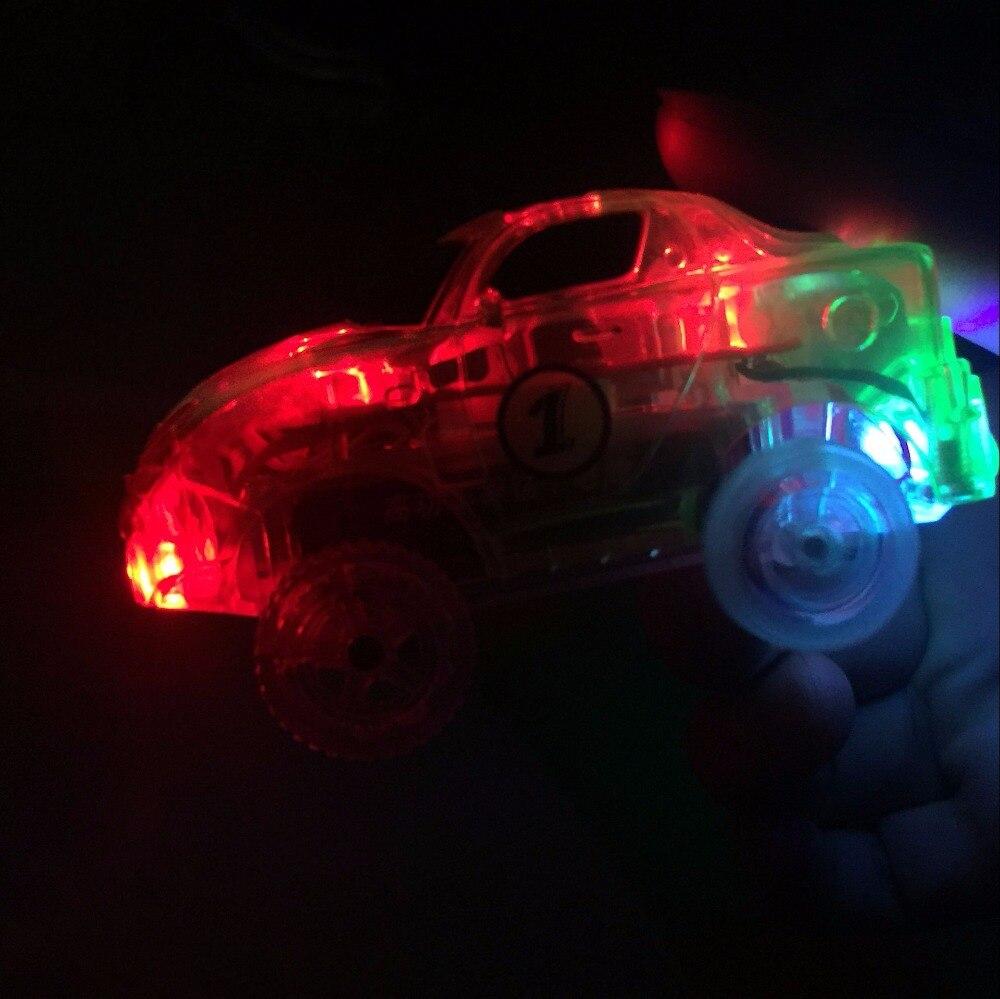 LED-lampor Bilar för magiska spår Elektronik Billeksaker med - Bilar och fordon - Foto 6