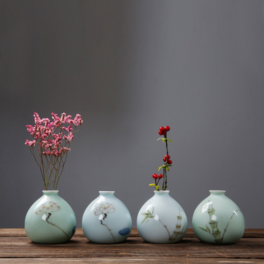 Hand-painted small vase Ceramic mini home decoration Celadon hydroponic flower Creative insert container