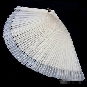 Image 3 - 1 סט/50 pcs פלסטיק מאוורר בצורת חדש DIY ג ל ציפורניים צבע כרטיס מניקור נייל ארט כלי עיסוק עבור פדיקור פולני צבע צלחת