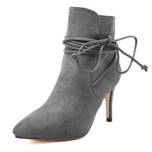 2017 autumn and winter new high-heeled fashion lace with thin boots with a vertical plus velvet thick short  women's boots