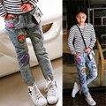 2017 primavera As Novas crianças calças carta applique calça jeans meninas