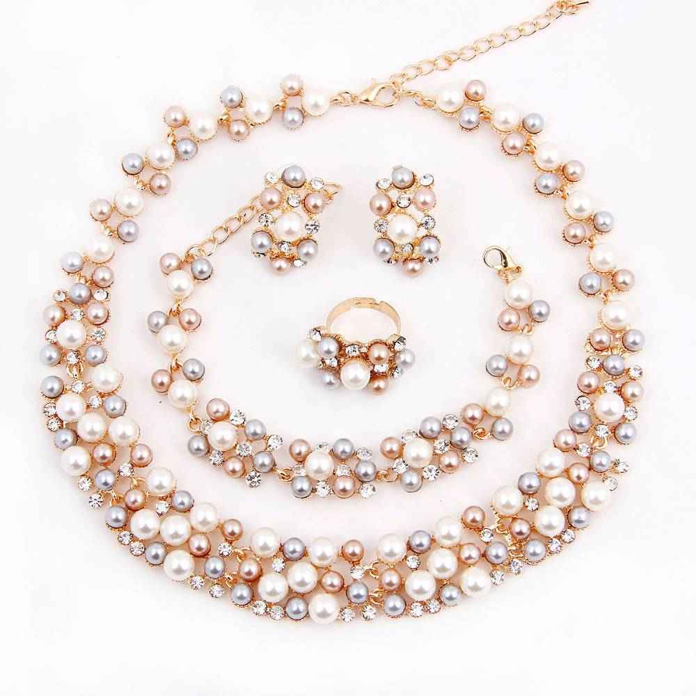 2016 New Fashion Imitation Pearl 18k Dubai Gold Plated Necklace Set African  Beads Costume Acessories Bridal Wedding Jewelry Setsin Jewelry Sets From