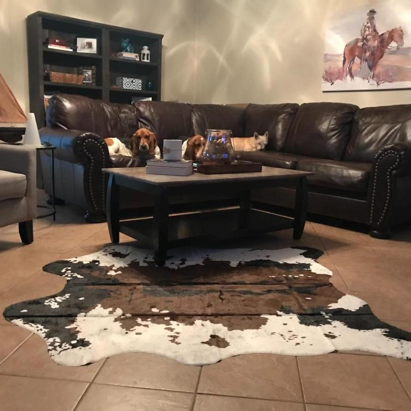 Classic Carpet For Living Room 140x160CM Western Theme Faux Cowhide Rugs Nice For Kids Room/Kitchen/dining Hall/Bedroom