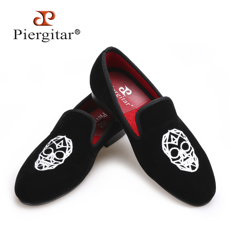 Piergitar new Handmade black velvet shoes with Skull embroidery Fashion party and wedding men loafers big size smoking slippers канадский виски black velvet в украине