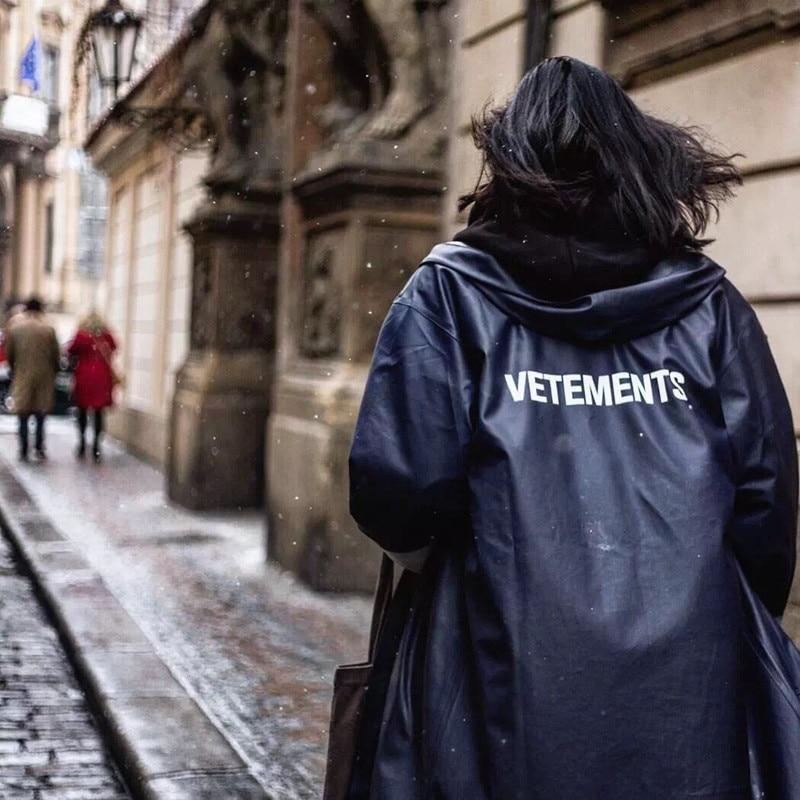 Vetements Black Trench Outerwear Waterproof Sunscreen Hooded Vetements Raincoat 2019 Men Portable Loog Vetements  Windbreaker